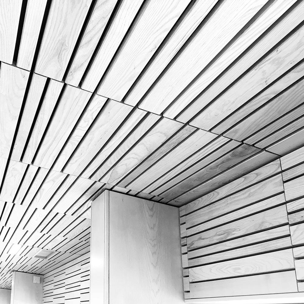 Frankreich, La Plagne Center. Foto von Ulrike Liebig, Architektin. Mitarbeiterportrait von einszueins die Ingenieure für digitale Pläne.