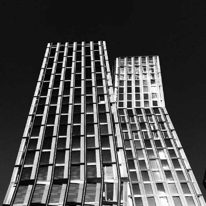 Hamburg, Hadi Theherani Architects. Foto von Ulrike Liebig, Architektin. Mitarbeiterportrait von einszueins die Ingenieure für digitale Pläne.