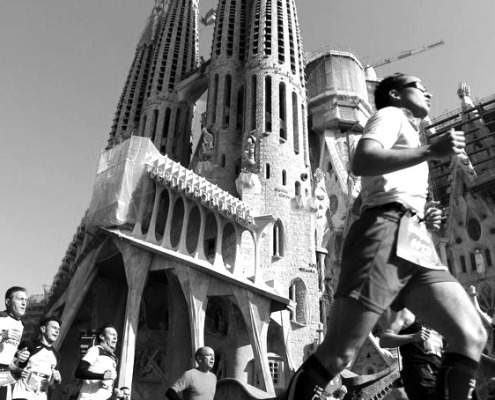 Mitarbeiter bei einszueins, Dipl.-Ingenieur (Architektur), Digitalisierung von Plänen ins CAD, Barcelona-Marathon